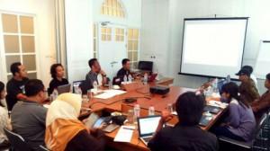 Teori dan Praktek Membangun Media Online